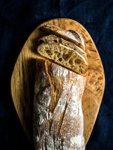 ハード系パンの写真素材 [FYI03057041]