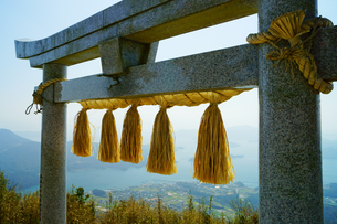 倉岳神社の写真素材 [FYI03059344]