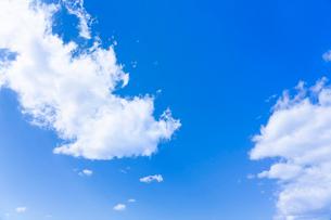 青空と雲の写真素材 [FYI03059786]