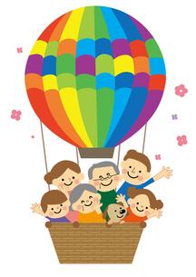 気球に乗った家族のイラスト素材 [FYI03060819]