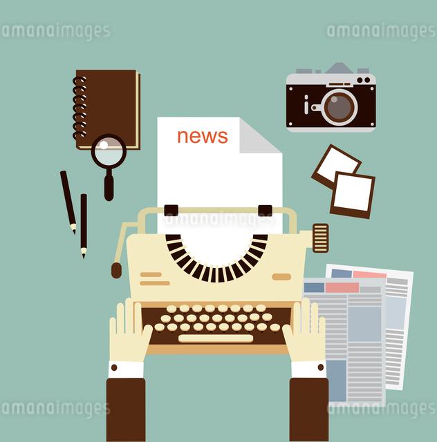 journalist publishes news on a typewriter   illustrationのイラスト素材 [FYI03066386]