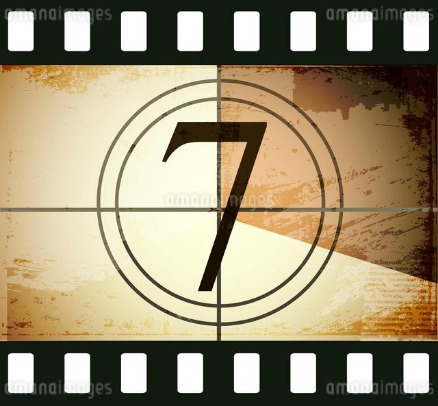 Grunge film countdownのイラスト素材 [FYI03078282]
