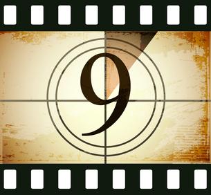 Grunge film countdownのイラスト素材 [FYI03078283]