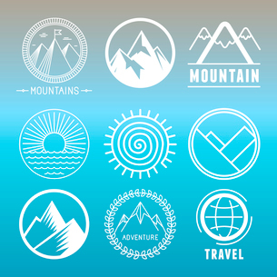 Vector mountain logos and emblems in outline style - abstract design elements and round badgesのイラスト素材 [FYI03084703]