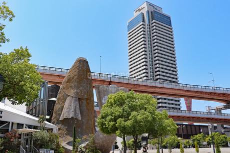 神戸メリケンパーク・フィッシュダンスの写真素材 [FYI03102707]