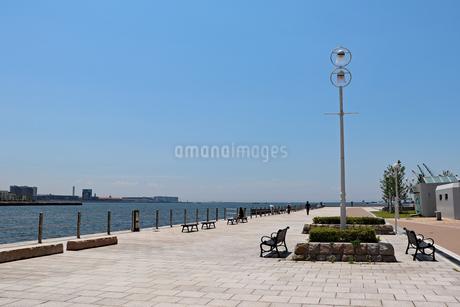 夏の海辺の写真素材 [FYI03102762]