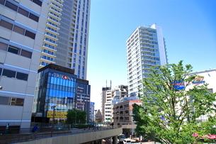 三鷹駅南口前  東京都の写真素材 [FYI03103720]