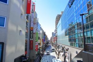 三鷹駅南口前  東京都の写真素材 [FYI03103721]