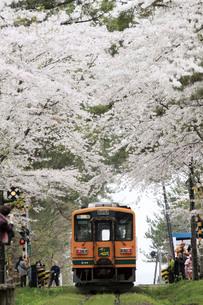 津軽鉄道・走れメロス号の写真素材 [FYI03107428]