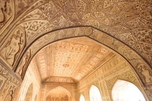 アグラ城カース・マハル内部の象嵌細工装飾の写真素材 [FYI03114994]
