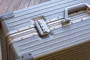 旅行カバン TSAロックの写真素材 [FYI03115169]