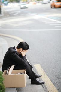 失業した男性イメージの写真素材 [FYI03115184]