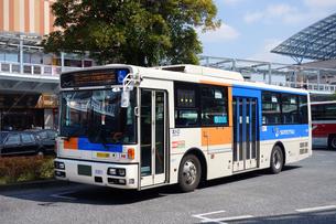 ドライブレコーダー搭載の相鉄バスの写真素材 [FYI03115571]