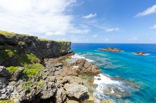 沖永良部島にて半崎の風景の写真素材 [FYI03117129]