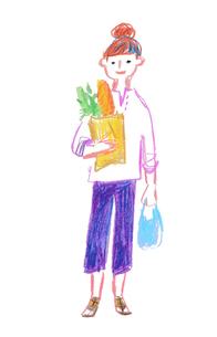 買い物袋を持つ女性のイラスト素材 [FYI03117940]