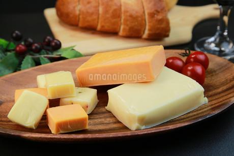 チーズ盛り合せの写真素材 [FYI03118420]