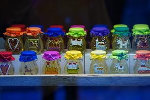 おみやげ屋さんの蜂蜜の写真素材 [FYI03119611]