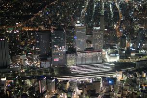 夜景空撮 名古屋駅エリア の写真素材 [FYI03120075]