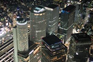 夜景空撮 名古屋駅ビル群の写真素材 [FYI03120076]