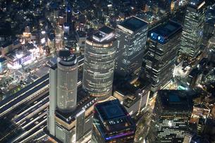 夜景空撮 名古屋駅の写真素材 [FYI03120332]