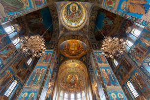 血の上の教会 内部の写真素材 [FYI03120932]