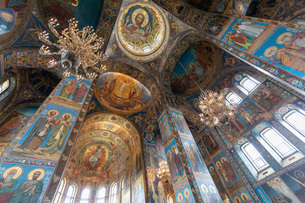 血の上の教会 内部の写真素材 [FYI03120935]