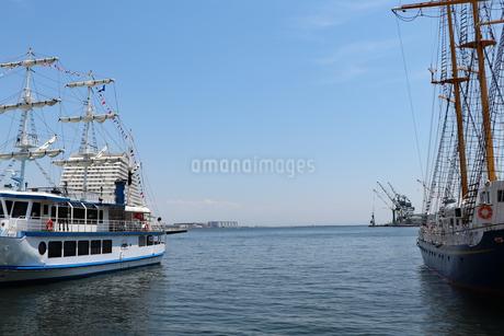 港の風景の写真素材 [FYI03121056]