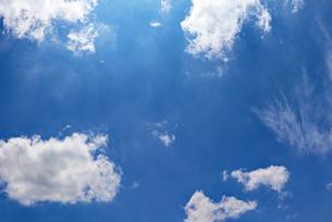 青空と雲の写真素材 [FYI03121397]