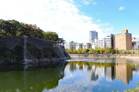 お城のある街の写真素材 [FYI03121609]