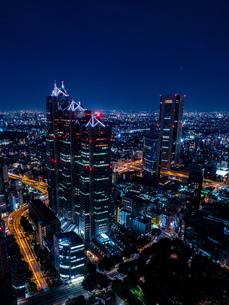 東京新宿の夜景の写真素材 [FYI03121743]