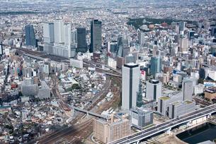 空撮 笹島より 名古屋城 名古屋駅の写真素材 [FYI03122175]