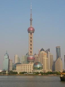 上海タワーの写真素材 [FYI03122510]