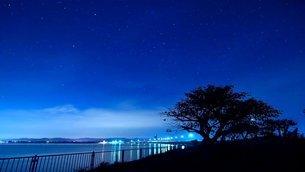 夜空の写真素材 [FYI03123033]