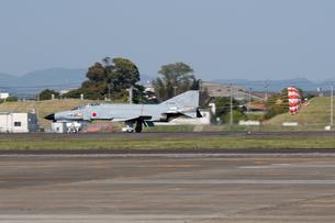 F-4 ファントム ドラッグシュートの写真素材 [FYI03123166]