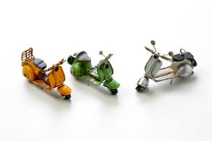 3台のおもちゃのオートバイの写真素材 [FYI03123308]