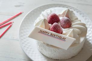 バースデーケーキの写真素材 [FYI03123760]