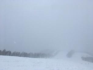 スキー場とリフトの写真素材 [FYI03123944]