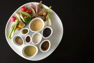 野菜とソース8種類の写真素材 [FYI03124581]