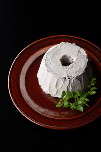 クリームシフォンケーキの写真素材 [FYI03124587]
