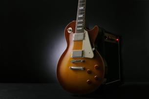 エレキギターレスポールタイプの写真素材 [FYI03124998]
