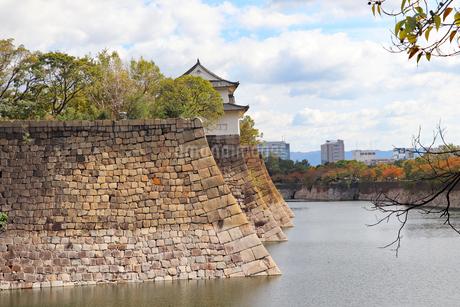 大阪城の外堀の写真素材 [FYI03125474]