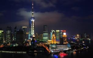 上海ナイトの写真素材 [FYI03126219]