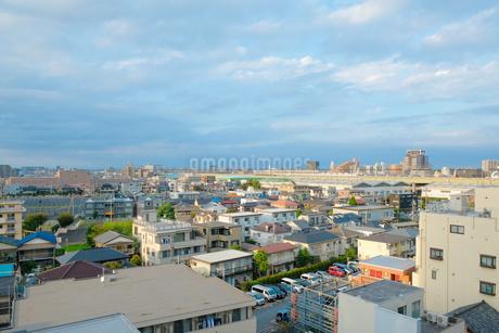 町と空の写真素材 [FYI03126911]