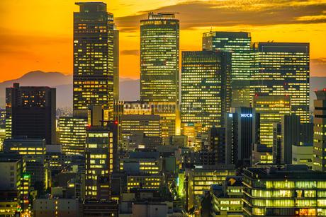 名古屋テレビ塔の展望台からの夕景の写真素材 [FYI03127867]