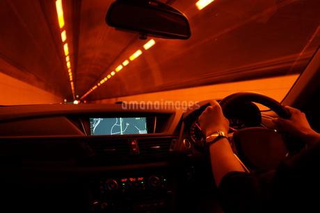 自動車運転イメージの写真素材 [FYI03128128]