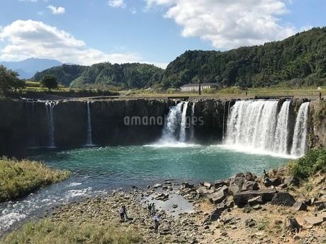 滝 山  滝壺の写真素材 [FYI03128137]