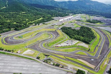 静岡県の富士スピードウエイの写真素材 [FYI03128367]
