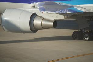 飛行機のイメージ(羽田空港)の写真素材 [FYI03128589]