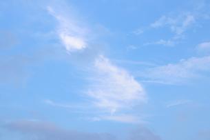 青空と雲 1の写真素材 [FYI03129295]