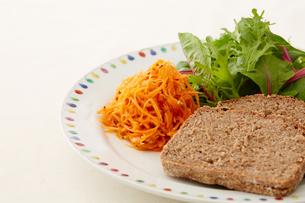 健康的な朝食の写真素材 [FYI03129560]